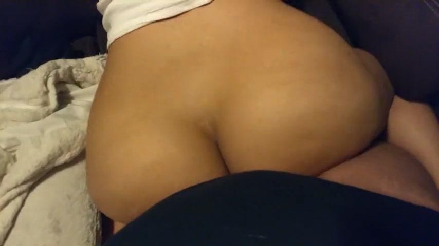 Short Bubble Butt Latina